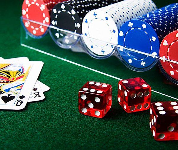 Как правильно пополнять и выводить деньги с онлайн казино?
