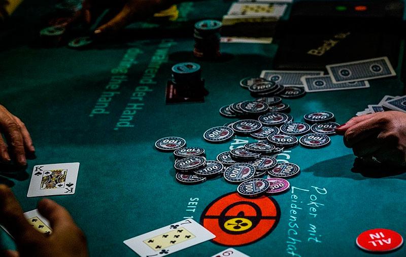 Какое казино онлайн лучше бесплатные рулетка и игровые автоматы в и