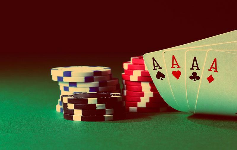 как правильно блефовать в покере онлайн